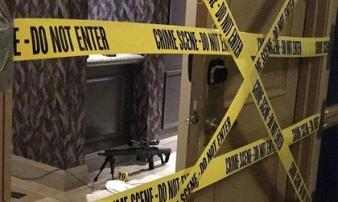 Giây phút cảnh sát xông vào phòng tay súng Las Vegas