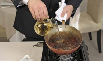 'Sát thủ' hại gan bếp nhà nào cũng có nhưng người người vô tư dùng khiến ung thư gan tăng nhanh