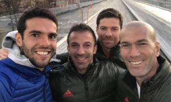 Kaka chia sẻ 'bức ảnh selfie đỉnh nhất'