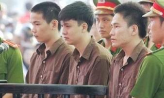 Vụ thảm sát 6 người ở Bình Phước: Mẹ tử tù Vũ Văn Tiến ra Hà Nội xin giảm án cho con