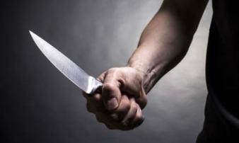 Cãi nhau chuyện về quê, chồng 18 tuổi đâm chết vợ 26 tuổi