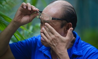 Nghệ sĩ Duy Phương lên cơn đau tim sau ồn ào với vợ cũ