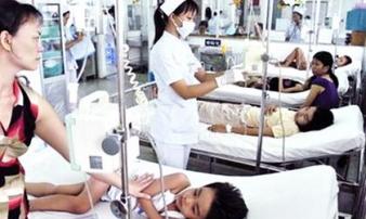TP.HCM: Hơn 100 học sinh tiểu học nhập viện cấp cứu nghi do ngộ độc thức ăn