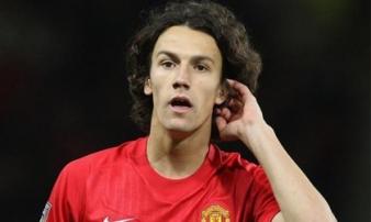 Công Vinh chiêu mộ cựu tiền vệ Manchester United