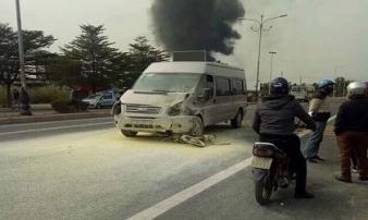 Ô tô húc chết người rồi bốc cháy nghi ngút