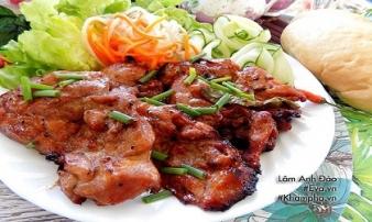 Thịt đùi gà nướng ngũ vị hương thơm phức cuối tuần