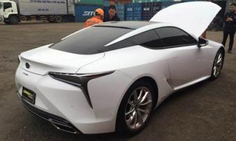 Hàng 'nóng' Lexus LC500h vừa về Việt Nam đón Tết