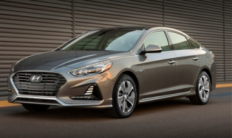 Hyundai Sonata Hybrid 2018 - sedan bình dân nhiều tính năng hiện đại