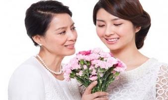 Sự khác nhau 'một trời một vực' giữa mẹ chồng và mẹ đẻ, chị em nào đã lấy chồng lại càng thấm thía
