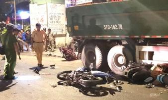 Tài xế ôtô tải tông nhiều người ở Sài Gòn khai chạy nhanh, né xe máy