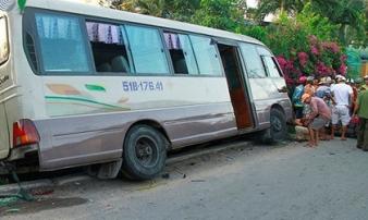 Khởi tố bị can và bắt tạm giam tài xế xe khách tông chết hai bé gái