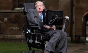 Căn bệnh 'vô phương cứu chữa' đeo bám thiên tài Stephen Hawking: Khó ai sống quá được 5 năm