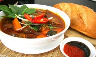 10 món ăn 'kinh điển' ngon rẻ trong danh sách bữa trưa công sở Sài Gòn