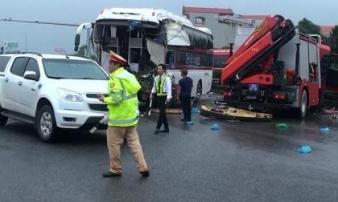 """Tài xế xe khách đâm xe cứu hỏa: """"Nếu tôi đánh lái, chắc sẽ nhiều người thương vong hơn"""""""