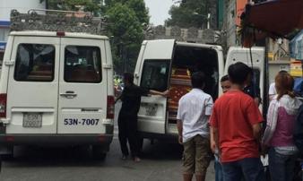 Xót xa khi chứng kiến cảnh tượng 3 quan tài đặt cạnh nhau sau vụ cháy kinh hoàng ở Sài Gòn