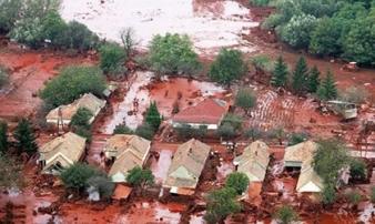 Sự thật về những cơn mưa máu gắn với điềm báo chết chóc, hủy diệt