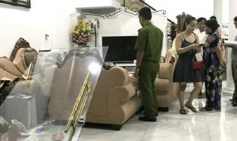 Côn đồ cầm búa, mã tấu xông vào nhà dân ở Sài Gòn đập phá