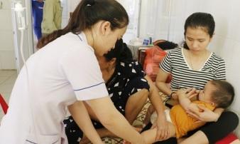 Cảnh báo: Nắng nóng khiến bệnh trẻ em và người già tăng cao