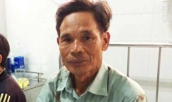 Cụ ông kể lại giây phút xe khách 'lăn lông lốc' xuống vực ở Kon Tum