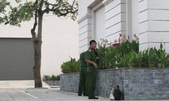 Nữ sinh Đại học Vinh rơi từ tầng 5 ký túc xá xuống đất