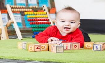 Cách chọn đồ chơi thông minh cho trẻ nhỏ mẹ nhất định phải biết nếu muốn con thông minh