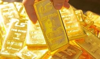 Giá vàng hôm nay 11/7: Ồ ạt bán tháo, vàng lại giảm nhanh