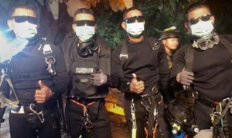 Giải cứu đội bóng Thái Lan: Thợ lặn suýt không thể ra ngoài