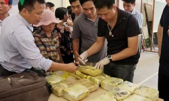 Lào Cai triệt phá đường dây vận chuyển ma túy đá 'khủng'