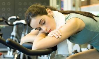 10 thói quen hàng ngày phá hủy cột sống của bạn dẫn đến những cơn đau lưng trầm trọng