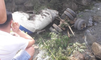 Tai nạn 13 người chết: Phút đâm xe khách, xe bồn chạy tốc độ bao nhiêu?