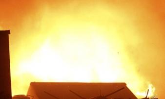 Biển lửa thiêu rụi nhà trọ ông Hiệp 'khùng', 70 người thành vô gia cư
