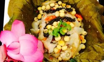 Cuối tuần đãi cả nhà món cá diêu hồng hấp lá sen thơm nức mũi
