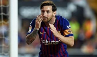 """Messi lập công, Barcelona vẫn bị Valencia """"cưa điểm"""""""