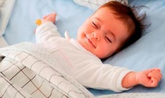 Đi ngủ vào đúng khung giờ này buổi tối, trẻ vừa cao lớn lại thông minh tối đa