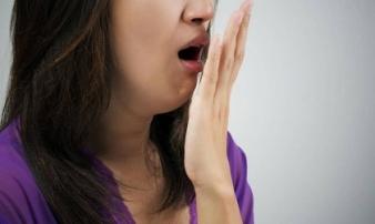 Phát hiện hơi thở có những mùi này vào buổi sáng hãy cẩn thận vì sức khỏe của bạn đang gặp vấn đề