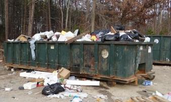 Phát hiện kinh hoàng trong thùng rác ở Mỹ