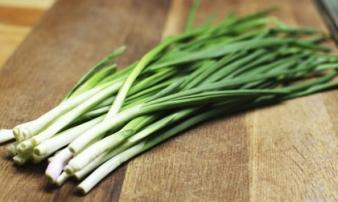 8 tác dụng thần kỳ của loại rau gia vị 100% gia đình Việt đều dùng
