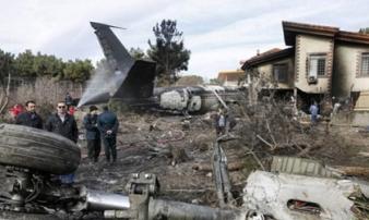 Rơi máy bay Iran: 15 người chết, 1 người sống sót