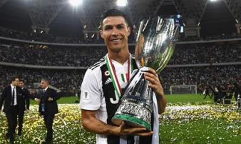 Đánh đầu tung lưới AC Milan, Ronaldo có danh hiệu đầu tiên cùng Juventus