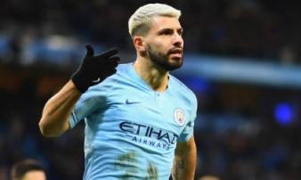 'Siêu nhân' Aguero bùng nổ, Man City vùi dập Arsenal