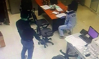 Lời khai của 2 nhân viên cũ dùng súng khống chế cướp 2,2 tỷ đồng ở trạm thu phí Dầu Giây