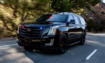 'Pháo đài' Cadillac Escalade gắn súng âm thanh, chống đạn xuyên giáp