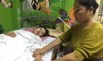 Người mẹ đơn thân cùng đường, phải nén đau đớn của bản thân để nhường con sự sống