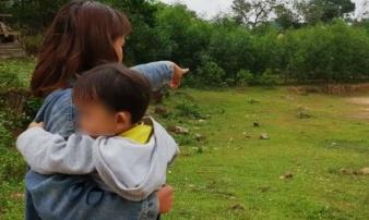Nghi con gái 4 tuổi bị xâm hại, người mẹ trẻ cầu cứu khắp nơi