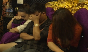 Bắt 10 nam nữ thanh niên phê ma túy trong quán karaoke