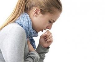 Khó thở, đau tức ngực đi khám phát hiện ung thư giai đoạn cuối