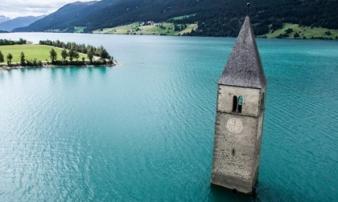 10 công trình kiến trúc của con người bị tự nhiên... 'chiếm giữ'