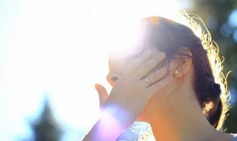 Nắng nóng khủng khiếp, cần làm những điều sau để tránh sốc nhiệt, đột quỵ