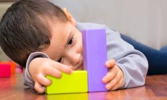 Trẻ có dấu hiệu này có phải là tự kỷ?