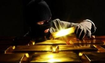 """Năm """"người dơi"""" chuyên trộm cắp tại các tiệm vàng sa lưới"""